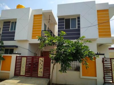 Gallery Cover Image of 1010 Sq.ft 2 BHK Villa for buy in Urapakkam for 4200000