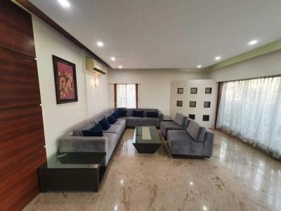 Gallery Cover Image of 3600 Sq.ft 4 BHK Independent House for rent in Juhu for 450000
