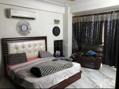 Gallery Cover Image of 1700 Sq.ft 3 BHK Apartment for rent in CGHS Azad Hind, Sector 9 Dwarka for 35000