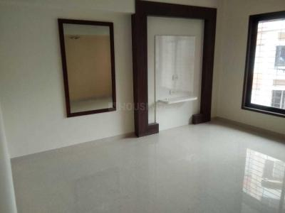 Gallery Cover Image of 1750 Sq.ft 3 BHK Apartment for rent in Malad West for 62000