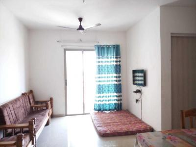 Gallery Cover Image of 750 Sq.ft 2 BHK Apartment for rent in Palava Phase 1 Nilje Gaon for 16000