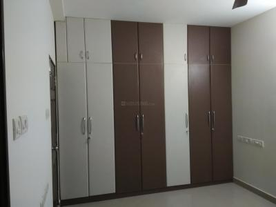 Gallery Cover Image of 1750 Sq.ft 3 BHK Apartment for rent in Medavakkam for 20000