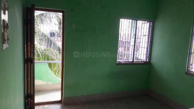 Gallery Cover Image of 750 Sq.ft 3 BHK Apartment for rent in North Dum Dum for 7000