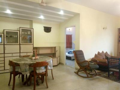 Gallery Cover Image of 2000 Sq.ft 2 BHK Apartment for rent in Ballygunge apartment, Ballygunge for 55000