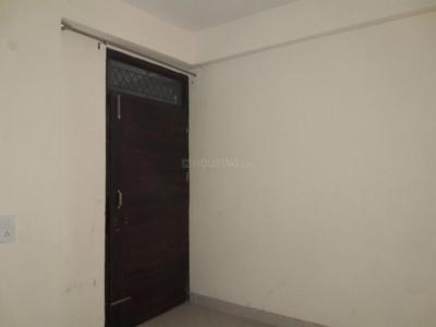 Gallery Cover Image of 450 Sq.ft 1 BHK Apartment for buy in Jaunapur for 1600000