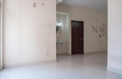 Gallery Cover Image of 1300 Sq.ft 2 BHK Apartment for rent in Madhapur for 18500