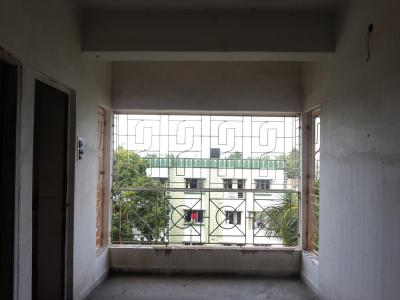 Gallery Cover Image of 860 Sq.ft 2 BHK Apartment for rent in Behala for 8000