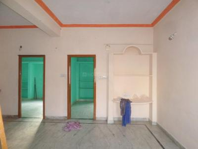 Gallery Cover Image of 1050 Sq.ft 2 BHK Apartment for rent in Kothapet for 8000