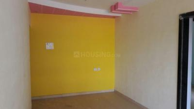 Gallery Cover Image of 620 Sq.ft 2 BHK Apartment for rent in Vini Heights CHSL, Nalasopara West for 9000