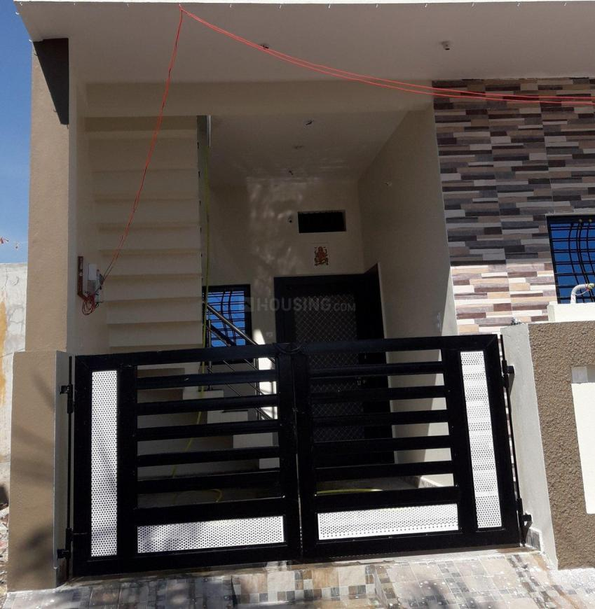 Building Image of 1000 Sq.ft 2 BHK Independent House for buy in Vasant Vihar for 3300000