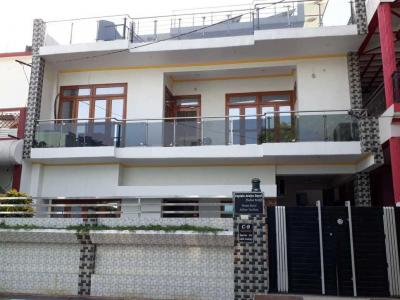 Gallery Cover Image of 5100 Sq.ft 6 BHK Independent House for buy in LDA Colony for 24000000