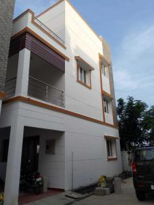 Gallery Cover Image of 2000 Sq.ft 4 BHK Villa for rent in Padur for 33000