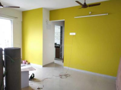 Gallery Cover Image of 645 Sq.ft 1 BHK Apartment for rent in Gala Pride Residency, Kasarvadavali, Thane West for 13000