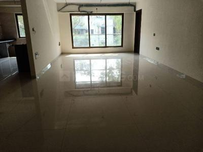 Gallery Cover Image of 950 Sq.ft 2 BHK Apartment for rent in Vile Parle West for 55000