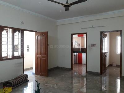 Gallery Cover Image of 1200 Sq.ft 2 BHK Apartment for rent in Aminjikarai for 25000