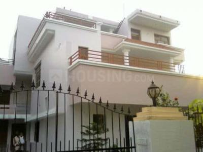 Gallery Cover Image of 4500 Sq.ft 4 BHK Villa for rent in Sector 54 for 40000