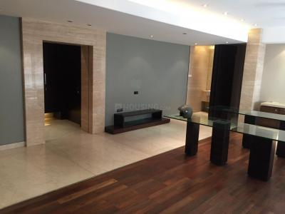Gallery Cover Image of 2960 Sq.ft 3 BHK Apartment for buy in Malabar Hill for 126500000