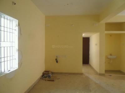 Gallery Cover Image of 750 Sq.ft 2 BHK Apartment for buy in Ambattur for 3700000