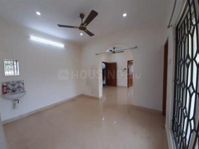 Gallery Cover Image of 1300 Sq.ft 2 BHK Apartment for rent in Kottivakkam for 24000