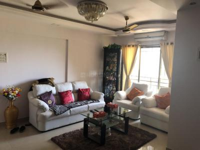 Gallery Cover Image of 960 Sq.ft 2 BHK Apartment for buy in Malad West for 15000000