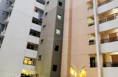 Gallery Cover Image of 2740 Sq.ft 4 BHK Apartment for rent in Zeta I Greater Noida for 28000