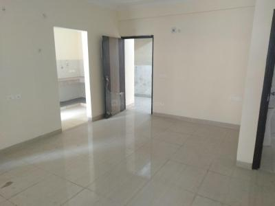 Gallery Cover Image of 1350 Sq.ft 3 BHK Apartment for rent in Bhopura for 7000