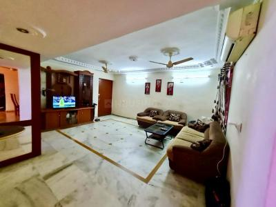 Gallery Cover Image of 2250 Sq.ft 3 BHK Apartment for rent in Bodakdev for 40000