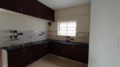 Gallery Cover Image of 1100 Sq.ft 2 BHK Apartment for rent in Sai Sunrise Apartment, Bellandur for 26000
