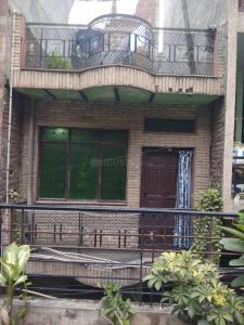 Gallery Cover Image of 1200 Sq.ft 4 BHK Independent House for buy in Jamia Nagar for 7000000