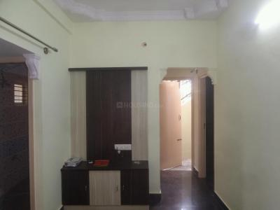 Gallery Cover Image of 900 Sq.ft 2 BHK Apartment for rent in Vidyaranyapura for 8000