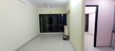 Gallery Cover Image of 593 Sq.ft 1 BHK Apartment for buy in Darshan Apartment, Malad West for 11500000