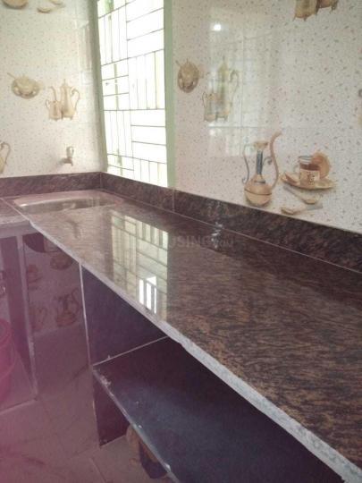 मध्यमग्राम में अद्वैतम के किचन की तस्वीर