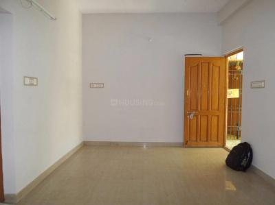 Gallery Cover Image of 900 Sq.ft 2 BHK Apartment for rent in Ambattur for 9500