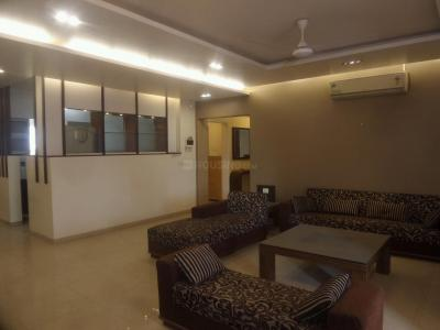 Gallery Cover Image of 2850 Sq.ft 4 BHK Apartment for rent in Koregaon Park for 140000