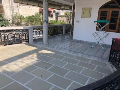 Gallery Cover Image of 1650 Sq.ft 2 BHK Independent Floor for rent in Dalanwala for 24000
