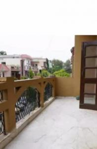 Gallery Cover Image of 750 Sq.ft 1 BHK Independent House for rent in Sector 39 for 15000