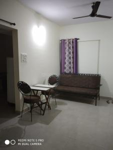 Gallery Cover Image of 1000 Sq.ft 2 BHK Apartment for rent in Magarpatta Cosmos, Magarpatta City for 26000