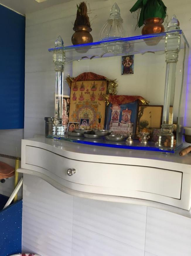 Pooja Room Image of 1250 Sq.ft 2 BHK Independent House for buy in Mulund West for 25100000