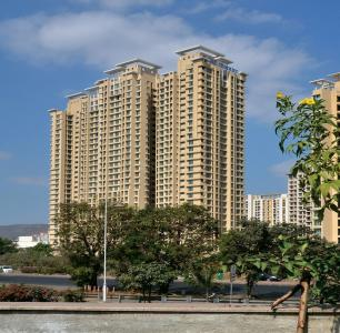 Gallery Cover Image of 1750 Sq.ft 3 BHK Apartment for buy in Thane West for 18000000