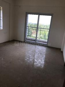 Gallery Cover Image of 2010 Sq.ft 3 BHK Apartment for buy in Sorahunase for 7500000