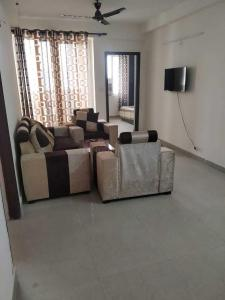 Gallery Cover Image of 915 Sq.ft 2 BHK Apartment for rent in Sector 143 for 20000