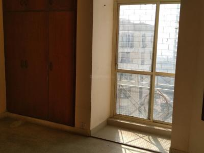 Gallery Cover Image of 1100 Sq.ft 2 BHK Apartment for rent in DLF Phase 1 for 30000