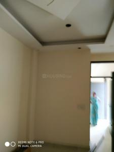 Gallery Cover Image of 400 Sq.ft 1 BHK Independent Floor for buy in Sector 3 Rohini for 2900000