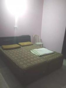 Gallery Cover Image of 300 Sq.ft 1 RK Independent House for rent in DLF Phase 3 for 9000