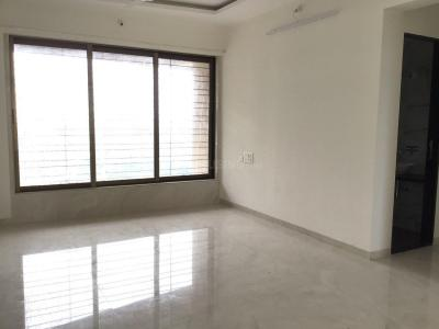 Gallery Cover Image of 1008 Sq.ft 3 BHK Apartment for rent in Malad East for 50000