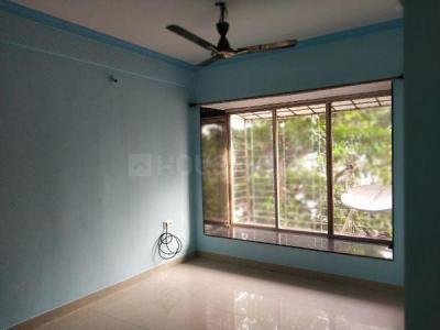 Gallery Cover Image of 600 Sq.ft 1 BHK Apartment for rent in Raheja Eastate, Borivali East for 23500