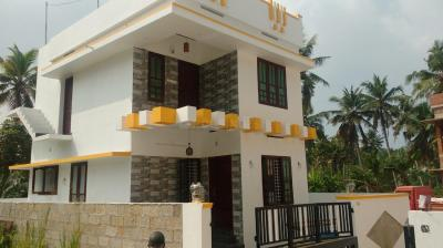 Gallery Cover Image of 1650 Sq.ft 3 BHK Independent House for buy in Ulloor for 7000000