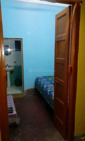 Bedroom Image of Male PG in Kalighat