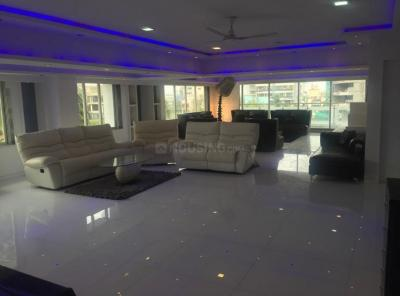 Gallery Cover Image of 5000 Sq.ft 5 BHK Apartment for rent in Bandra West for 350000