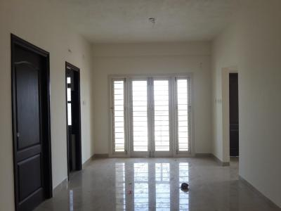 Gallery Cover Image of 831 Sq.ft 2 BHK Apartment for buy in Avadi for 3900000